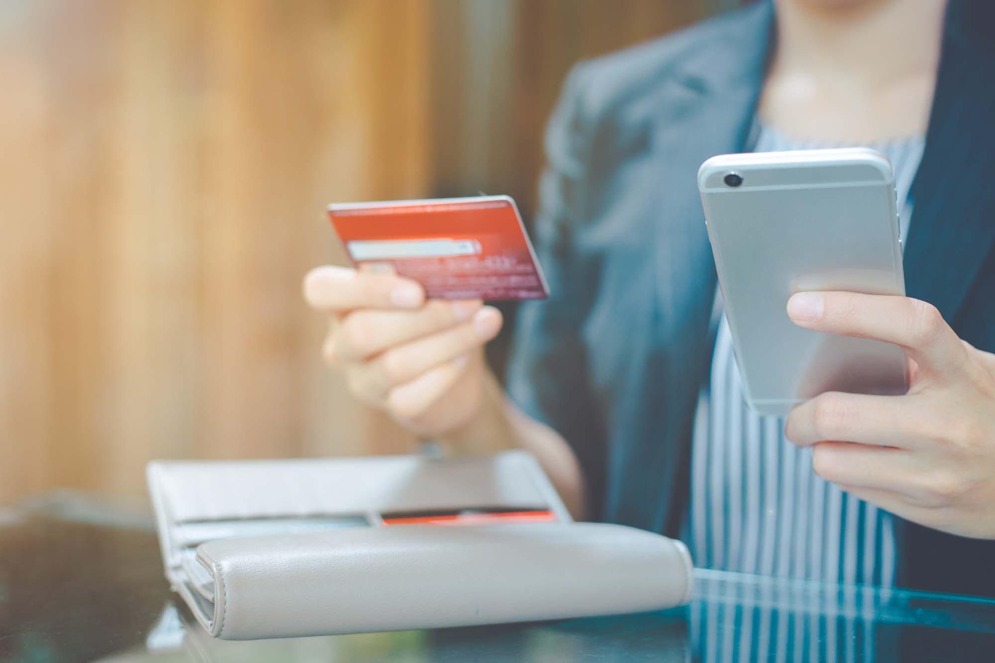 Tarjeta de crédito en línea